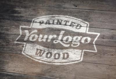 لوگوی نقاشیشده روی چوب / Painted Wood Logo