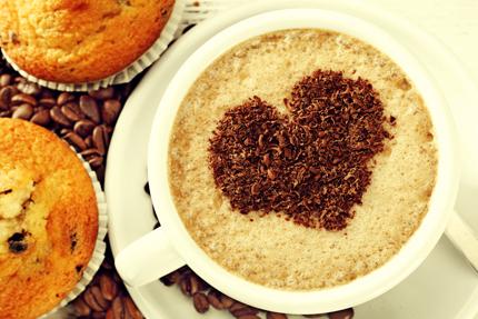 فنجان قهوه با کیک / Cup Of Coffee With Muffins