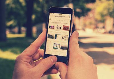 پیکرنمای آیفون / iPhone Mockup