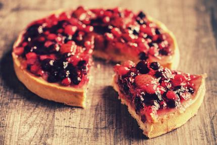 پای با توتها / Pie With Berries