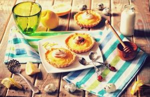 تارتهای لیمویی با خامه / Lemon Tarts With Cream