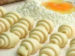 کروسانت / Croissant